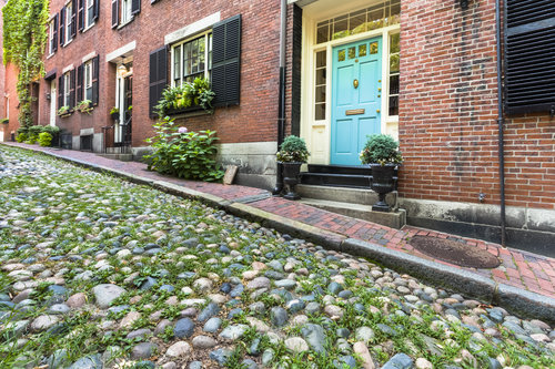 boston-neighborhoods-beacon-hill-spring-housing