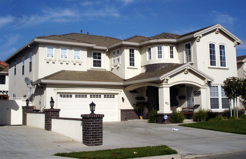 mcmansion-housing-home
