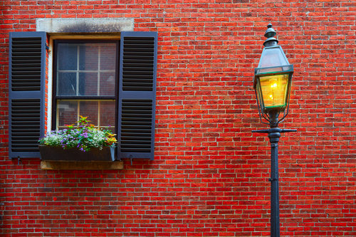 boston-housing-market-beacon-hill-acorn-street