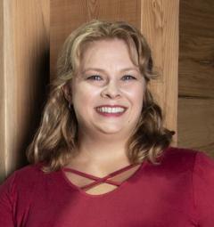 Victoria Kustov,